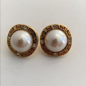 Auth Givenchy Gold Tone Pearl Earrings